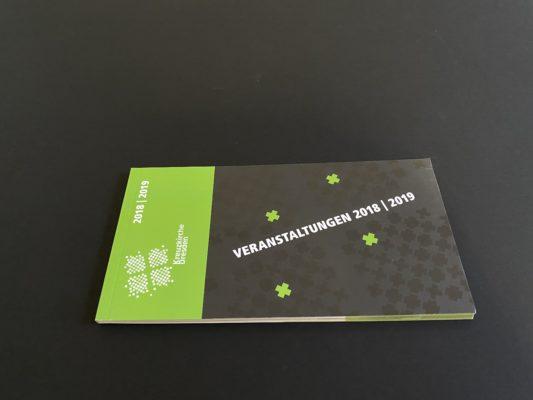 Klebegebundene Broschur mit partiellem UV-Lack
